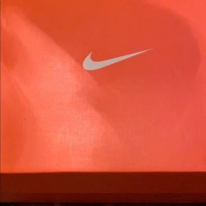 Nike Shoes - Nike Torch 4
